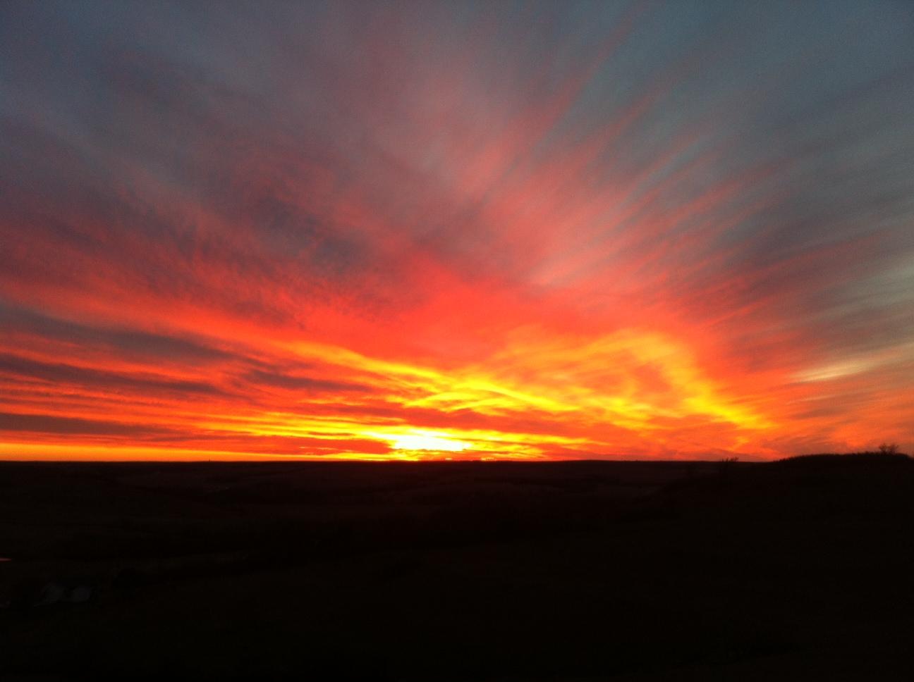 Kansas Sunset Spin Art with Kansas Wine at Bacchus Ranch